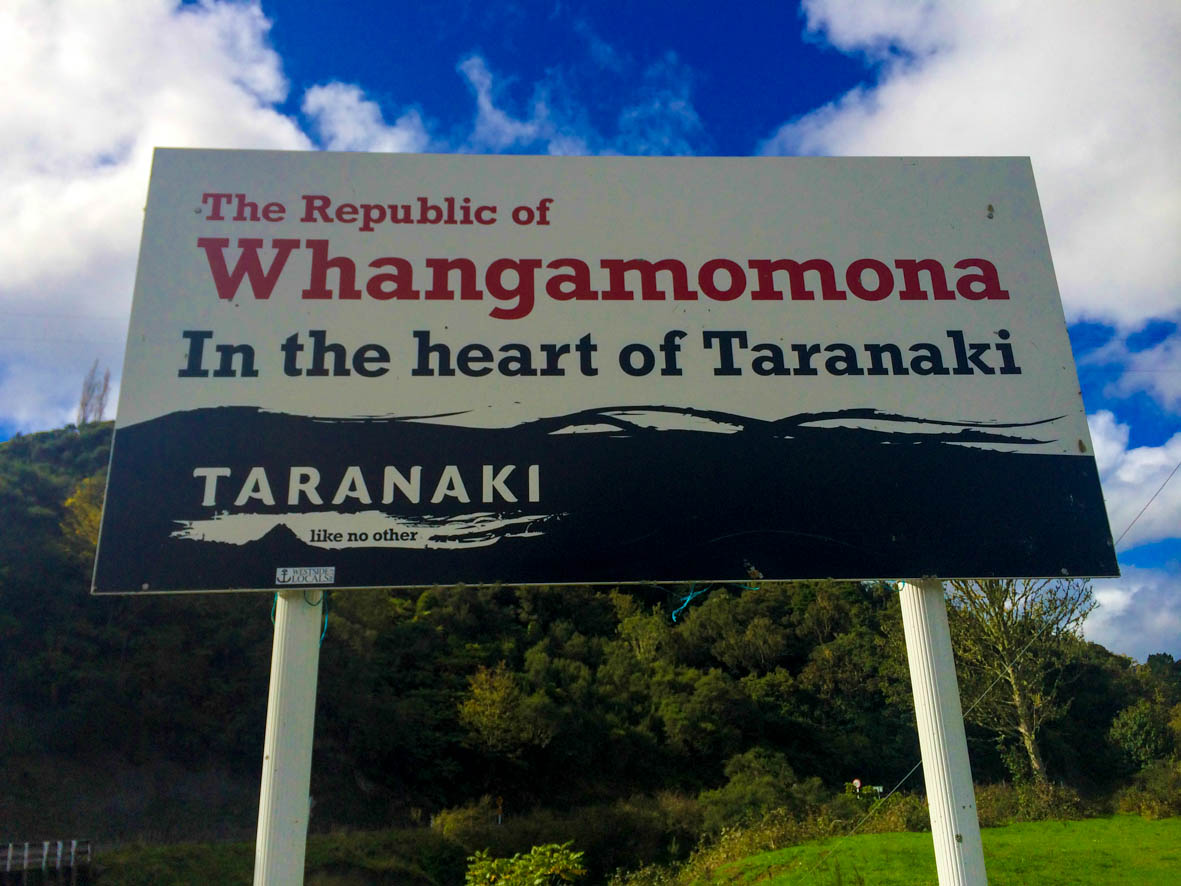 Whangamomona the republic