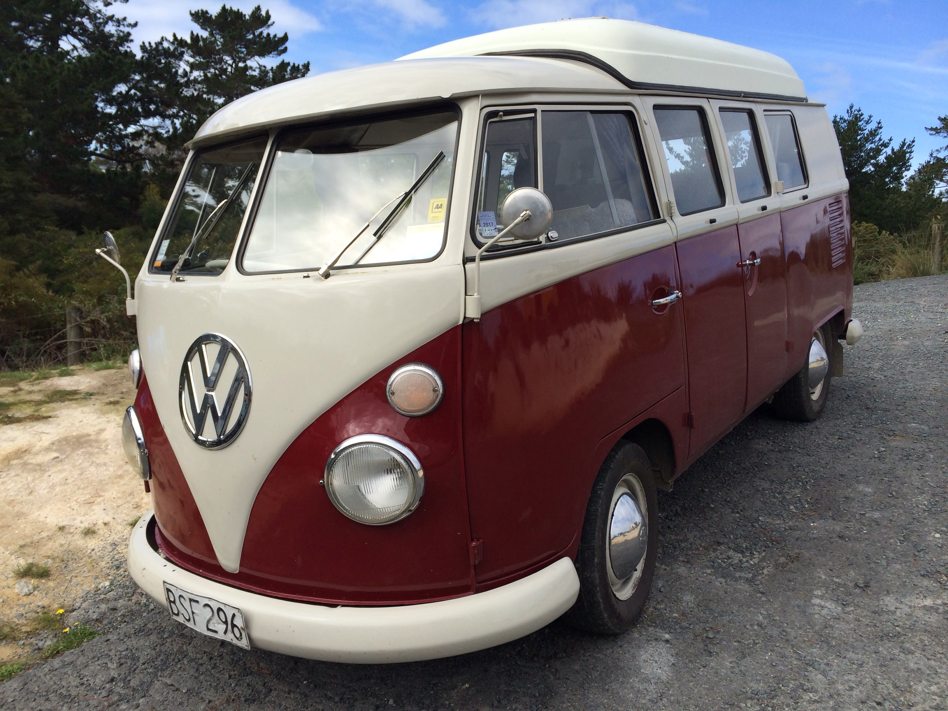 Pax want's a split screen kombi
